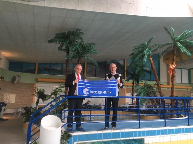 Verrassing Broekhuis voor Harderwijkse zwemgroepen De Maretak